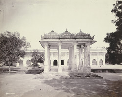 Pavilion in front of Shaikh Ahmad Ganj Baksh's Tomb at Sarkhej, near Ahmadabad 1774